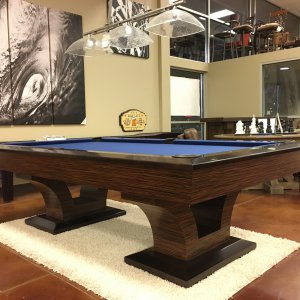 Luxor interpool table